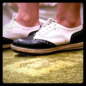 Wanted Women's Downey Oxford LIMITED EDITION